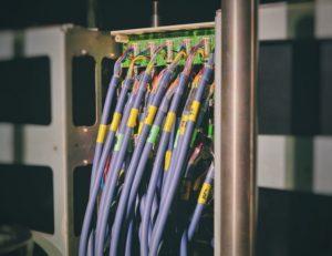 リモートワーク環境に必要なインターネット通信量速度のまとめ