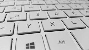 リモートワークで外付けキーボードがオススメな理由