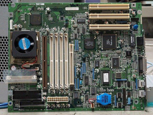 PC購入後にメモリ増設できる?